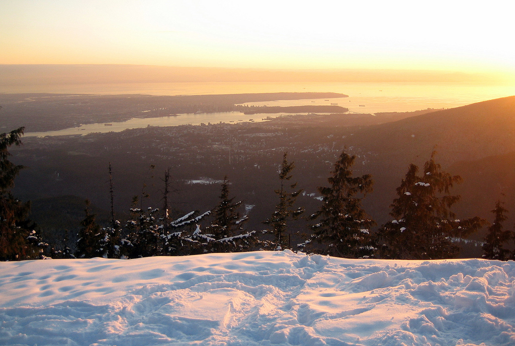 5 Places To Snowshoe Near Vancouver.
